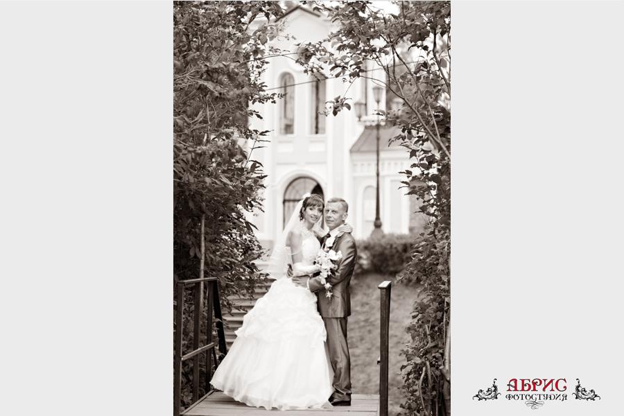 Свадьба Владимира и Ольги в черно-белом варианте…